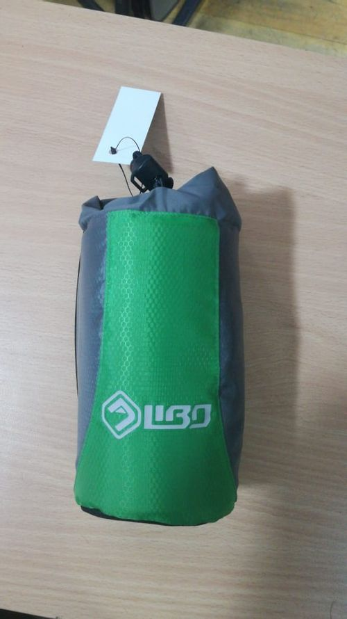 Porta Botella Libo Lado Gris Frente Verde